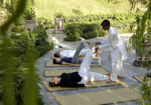 Yoga im ANANDA In the Himalayas Hotel